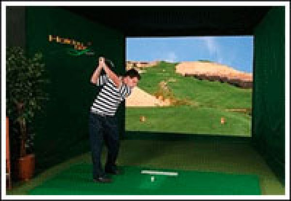 Cincinnati Sports Club Indoor Golf